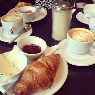 Záhir Coffee & Drinks