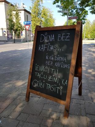Kafijas un brokastu bārs Academia