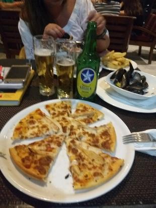 Magalina Restaurant & Bar