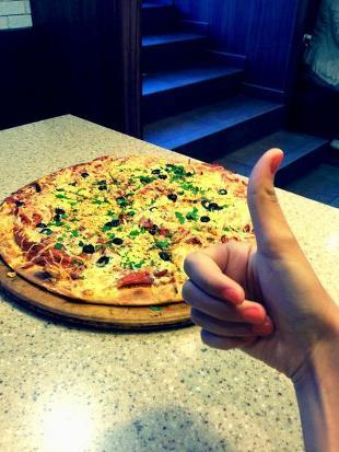 Zhar Pizza