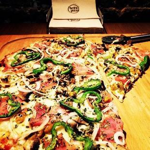 Bros Pizza