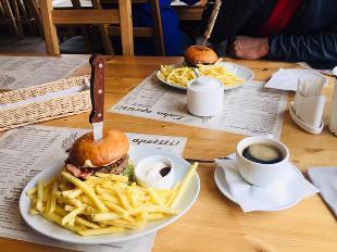 Raganas Burgers