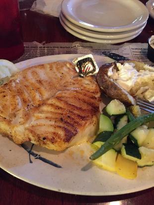 Walt's Fish Market Restaurant