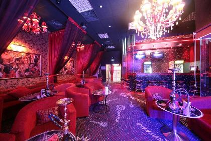 Стриптиз бар в волгограде хороший ночной клуб ярославля