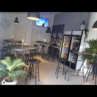La Table Du Pizzaio Lo Restaurant Eyragues Restaurant Menu And