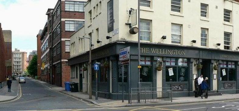 The Wellington City Central 27 Wellington St In Leeds