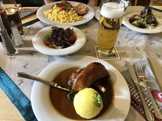Landgasthaus Altes Tor Restaurant Pentling Restaurant Menu And Reviews
