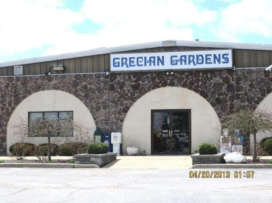Grecian Gardens 304 S Plaza Dr In Chillicothe Restaurant Menu And Reviews
