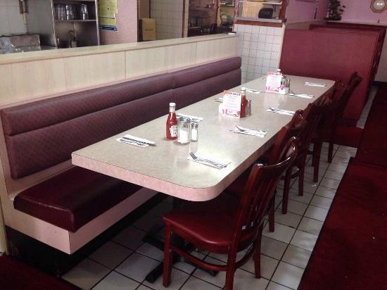golden eagle restaurant - 550×412